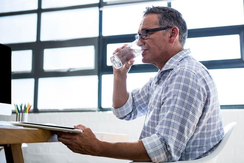 Best Testosteron Booster for Men over 50, Harold P. Freeman, water